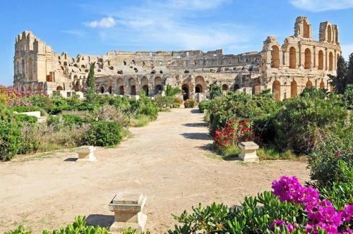 Амфитеатр Эль-Джем в Тунисе - одно из самых интересных мест в этой африканской стране
